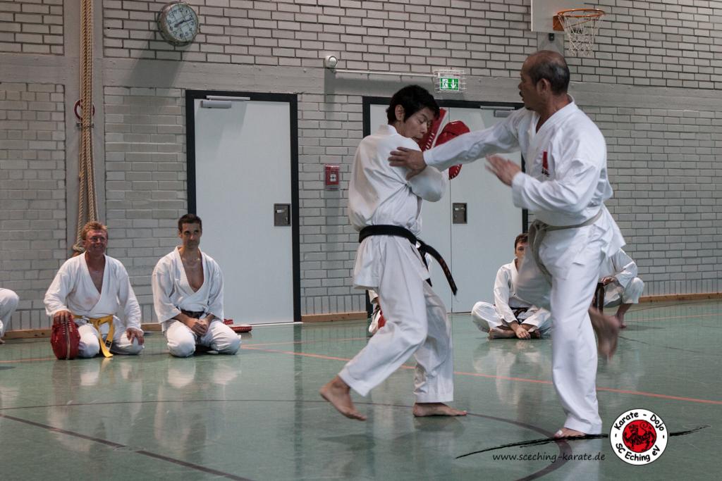 Volle Power aus Japan: Seji Nishimura zu Gast beim SC Eching Karate.
